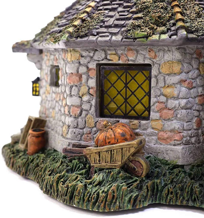 harry potter hagrid hut detail