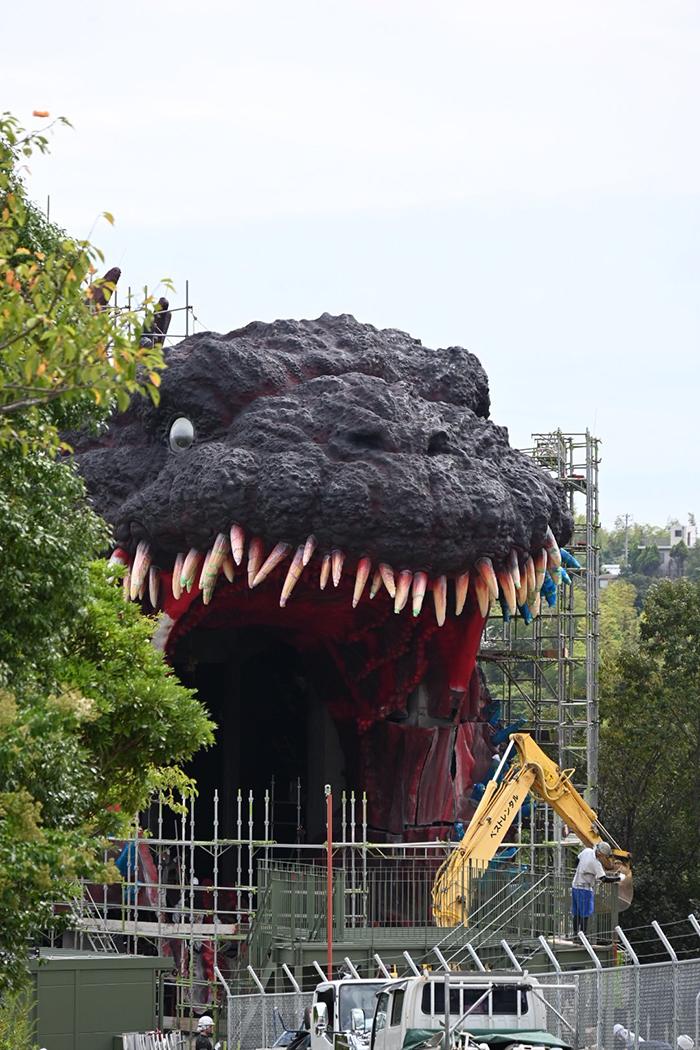 japanese theme park kaiju attraction by riku2006