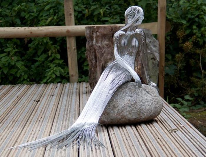martin debenham steel wire sculptures