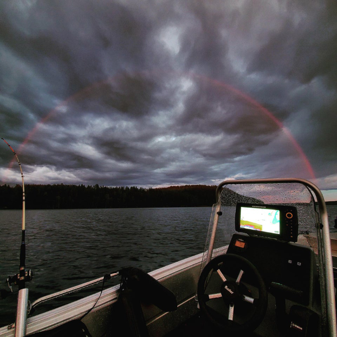 red-only-rainbow-interesting-things-junn0