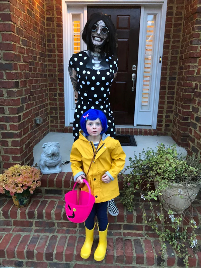 coraline and other mother cosplay