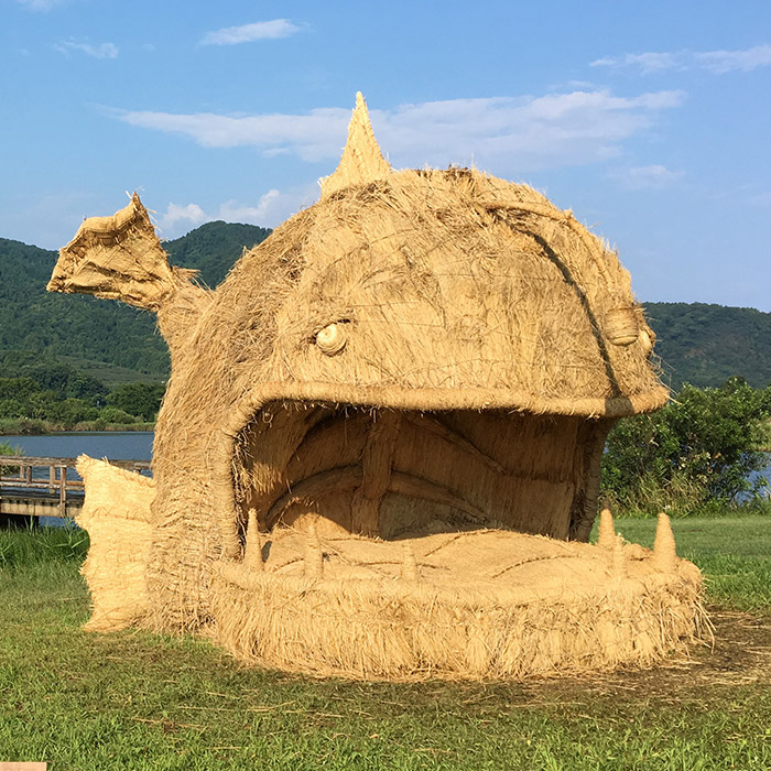 japan wara art festival straw sculptures anglerfish