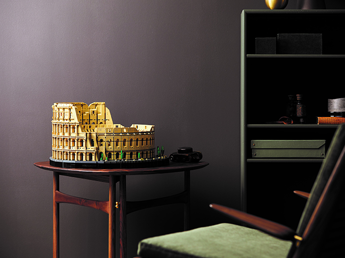 lego roman colosseum side table display