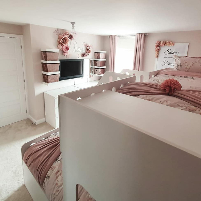 pastel pink room for girls