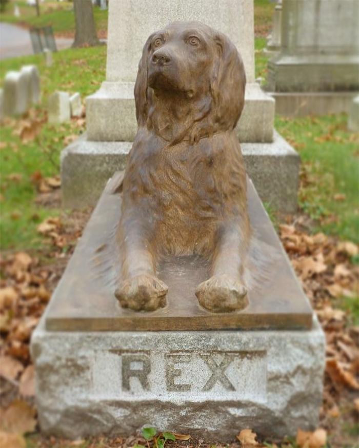 rex dog grave green-wood cemetery