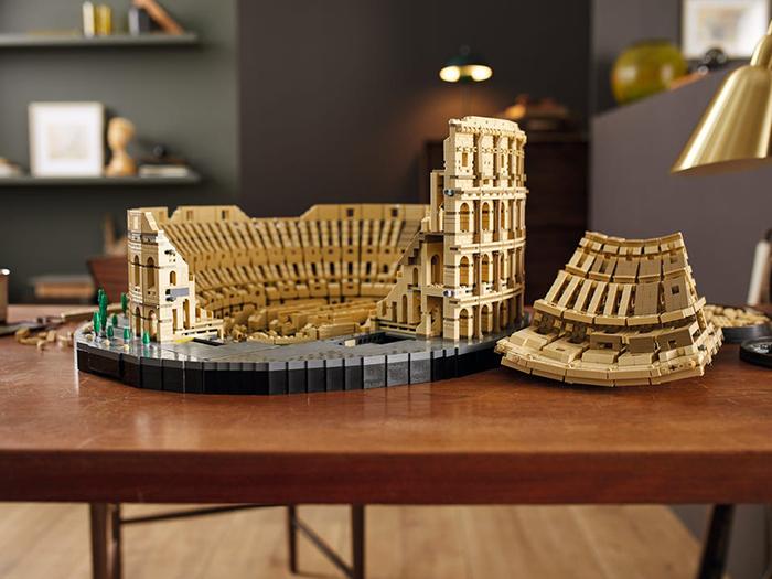 roman ampitheater brick toy hypogeum