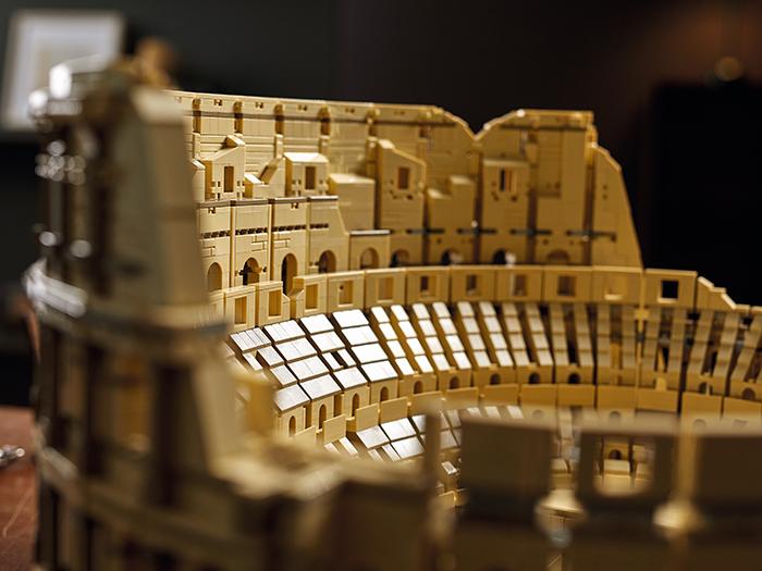 roman ampitheater brick toy inner structure