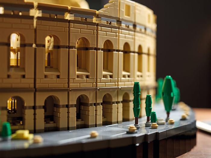 roman ampitheater brick toy walkway