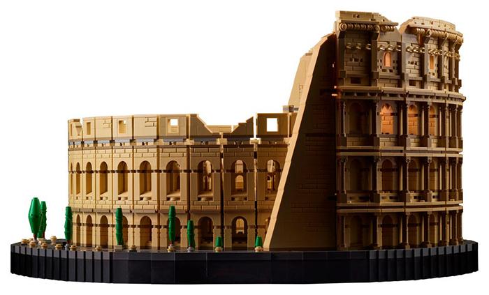 roman ampitheater brick toy