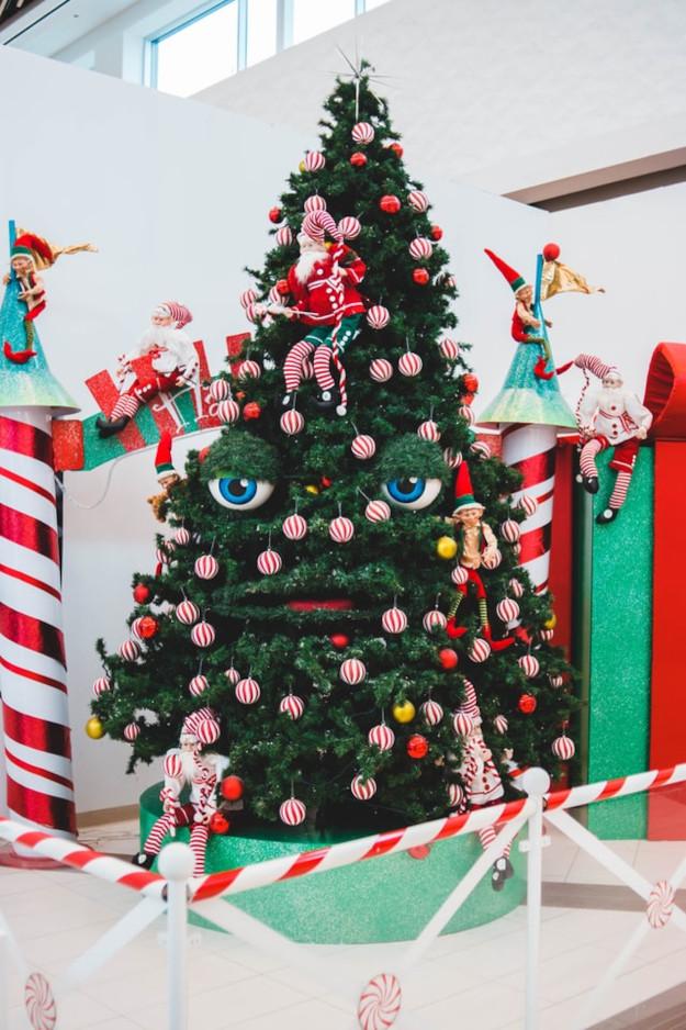 erik-mclean-creative christmas trees-unsplash
