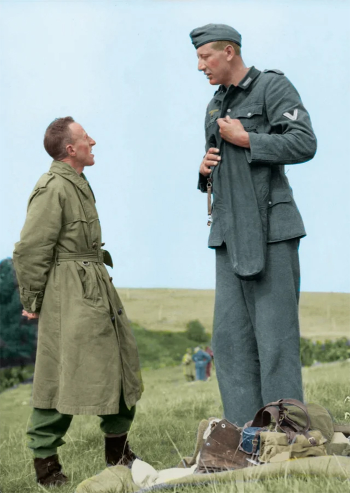 tallest nazi soldier surrenders to canadian army
