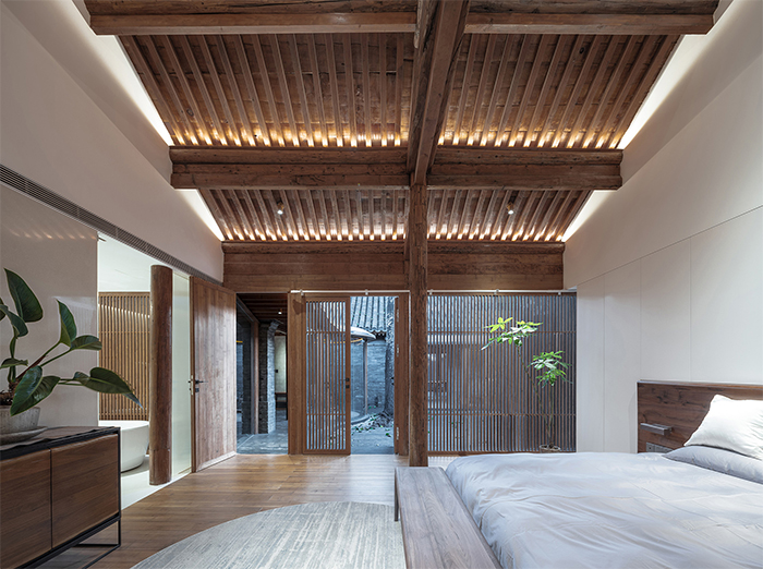 traditional chinese courtyard bedroom
