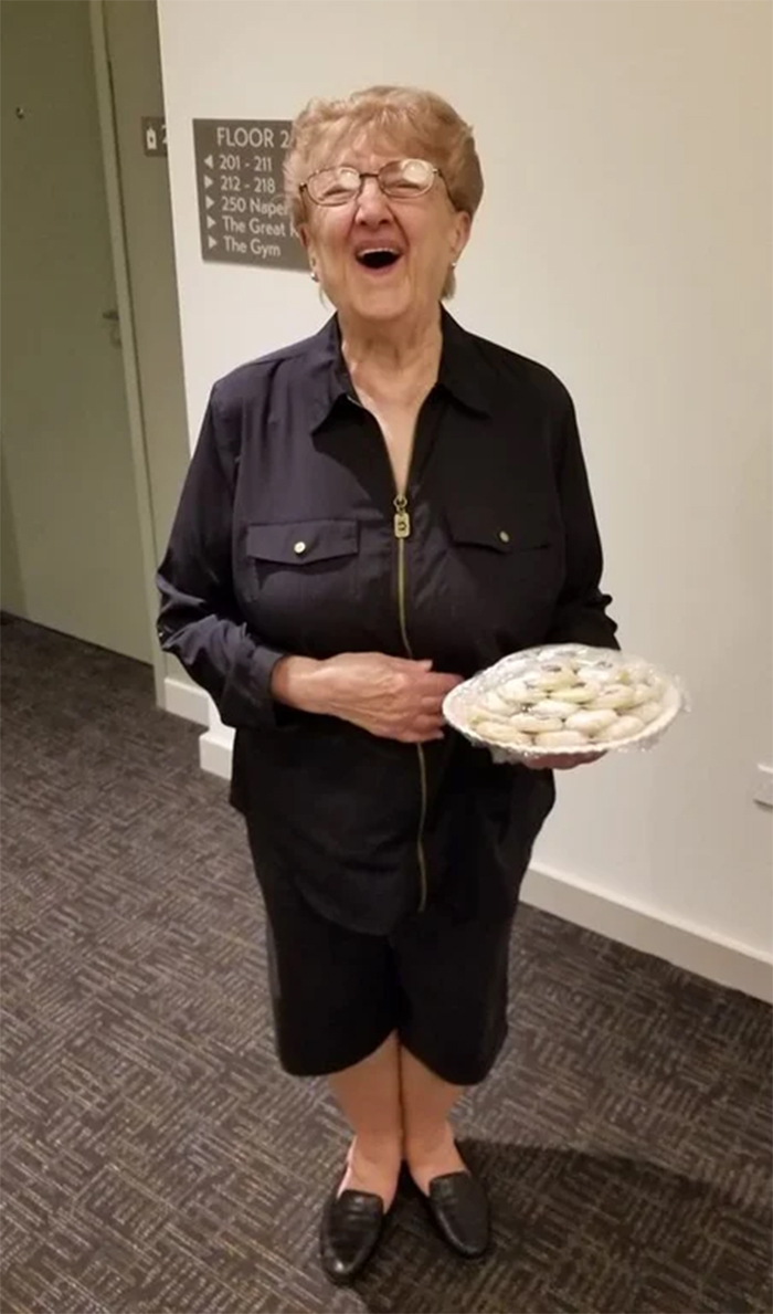 wholesome things woman bakes treats for free