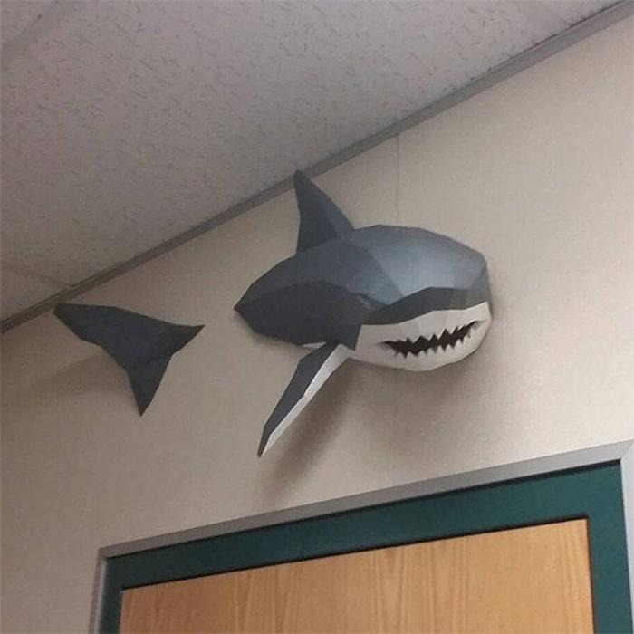 3d papercraft shark swimming effect