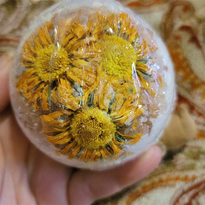 calendula bath bomb with rose petals