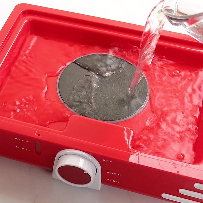 coke-inspired steaming heating pan