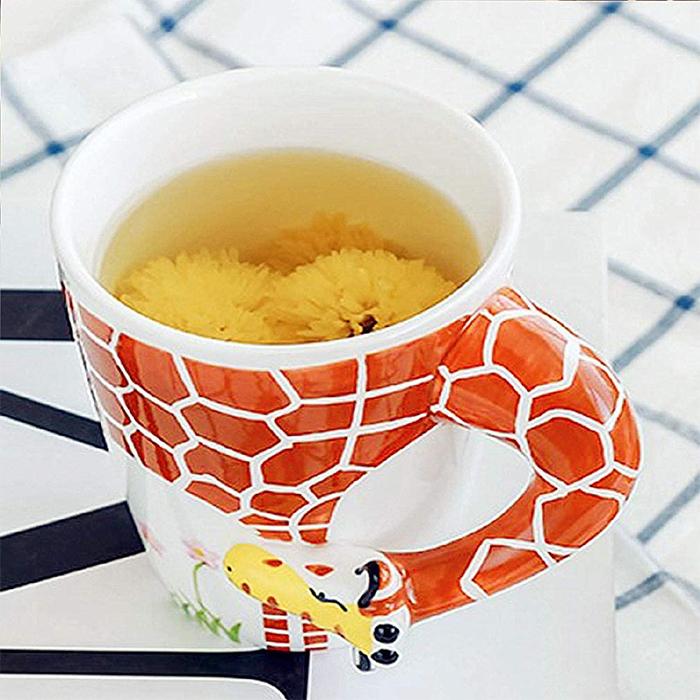 giraffe neck handle teacup