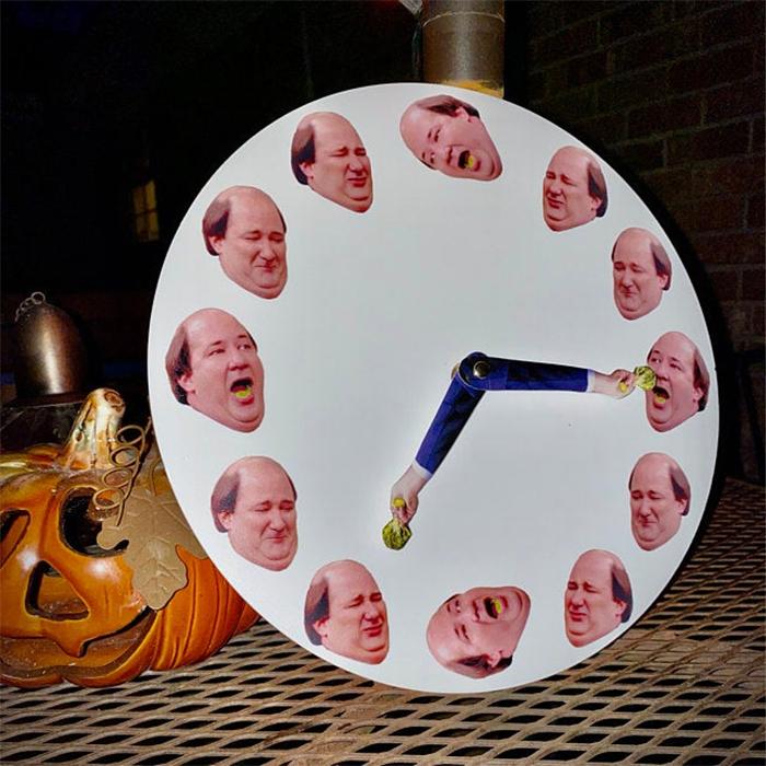 kevin hates broccoli clock funny