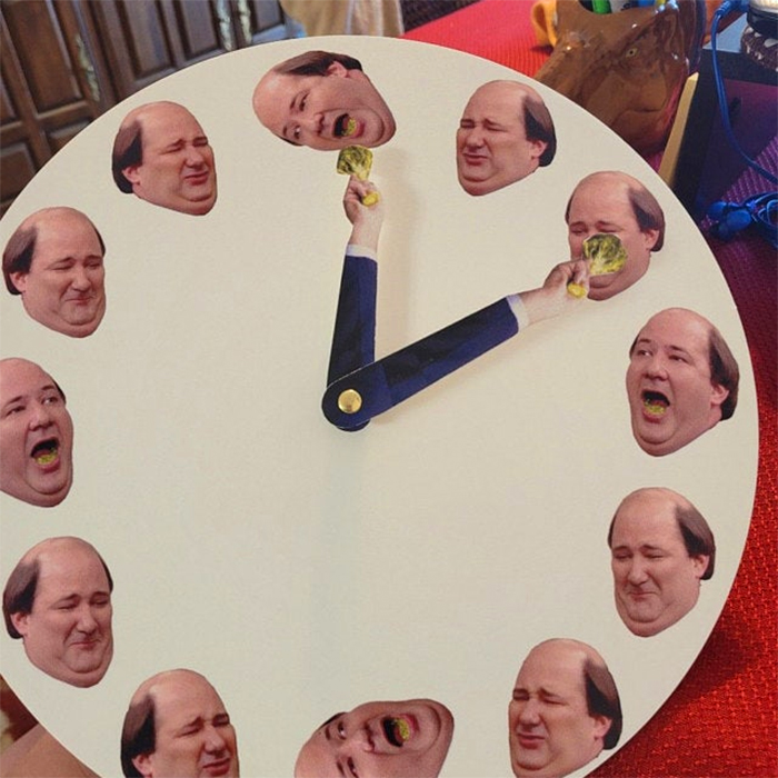 kevin hates broccoli clock hilarious