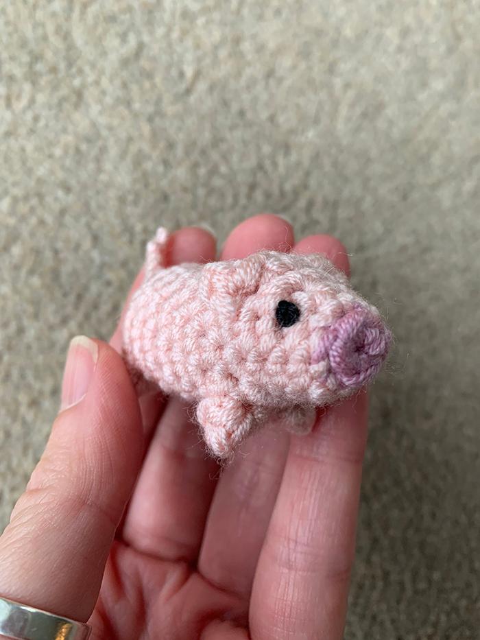 laulovescrochet crochet pattern output baby pig