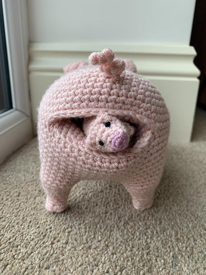 laulovescrochet crochet pattern output pig giving birth
