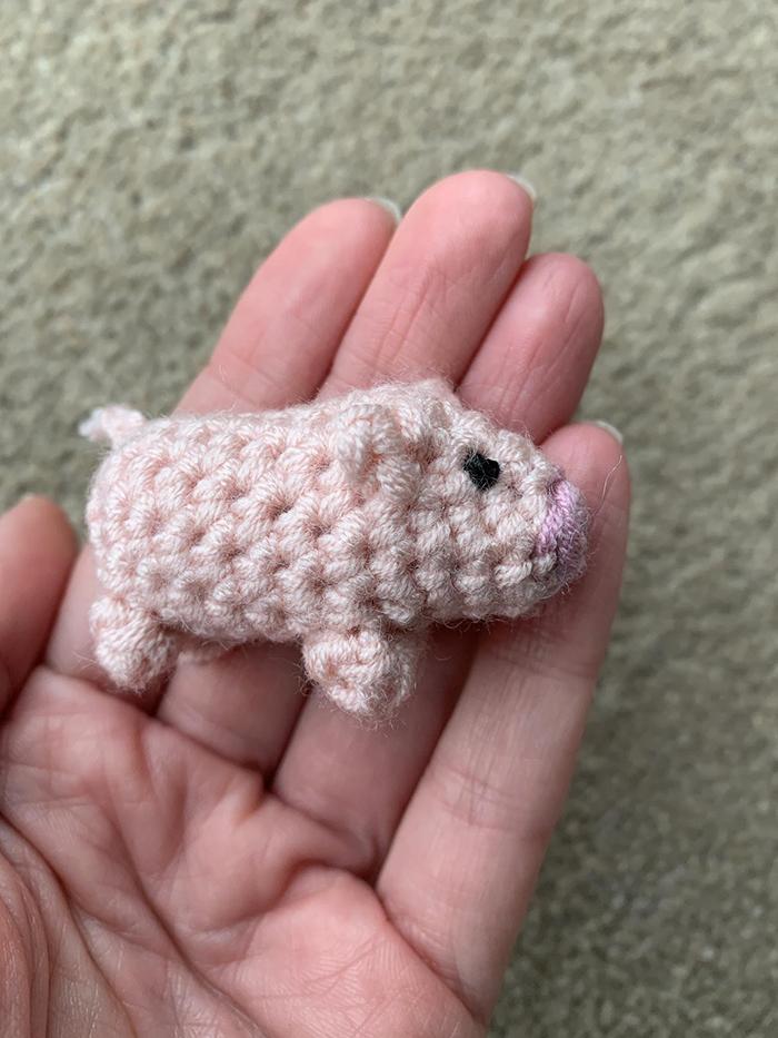laulovescrochet crochet pattern output piglet