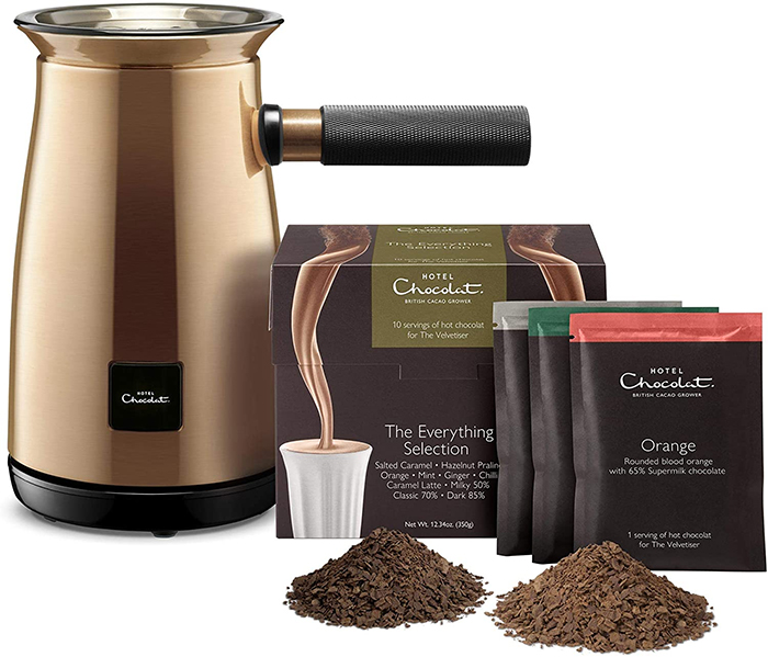velvetiser machine with cocoa flakes pouches