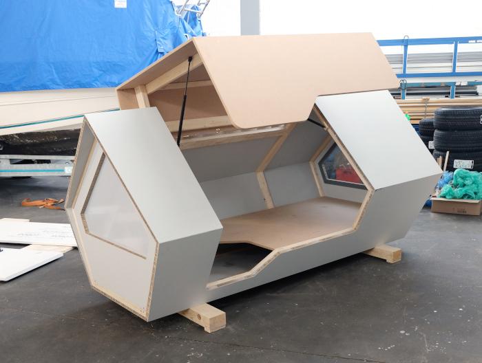 Ulm Nest Prototype With Door