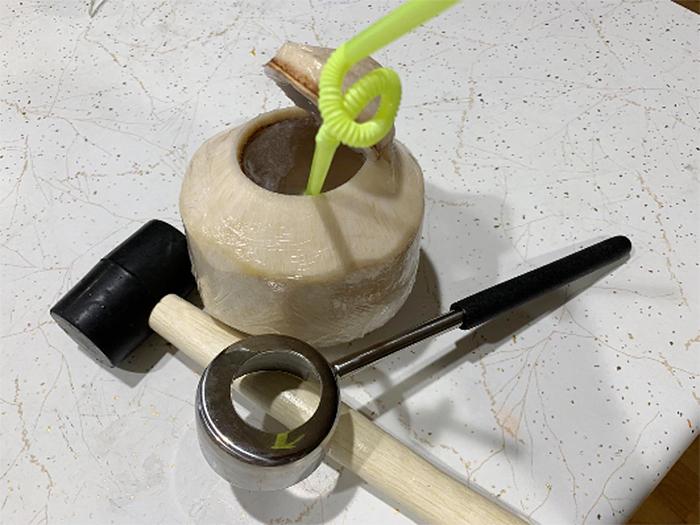 coconut opening kit hole