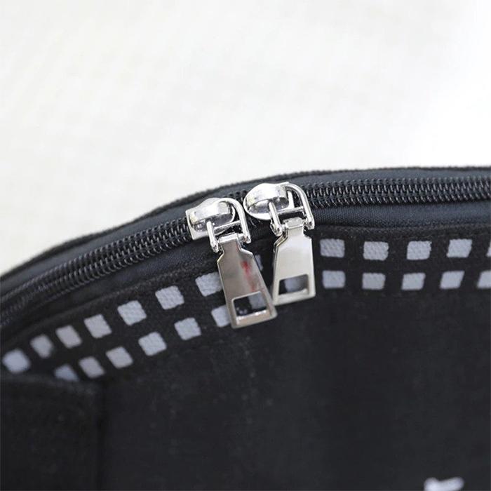 face mask shoulder bag zipper closure