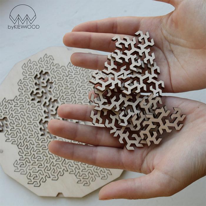 fractal jigsaw puzzle gosper curve