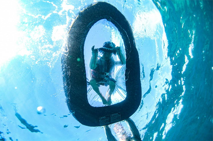 inflatable clear bottom raft underwater