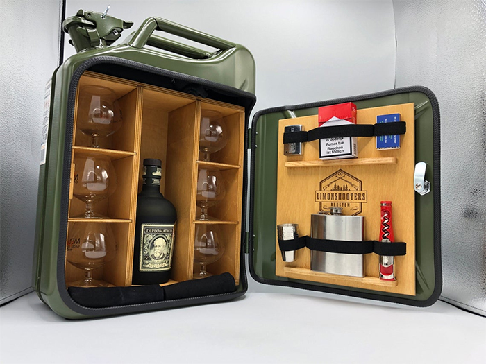 jerry can mini bar movable shelves