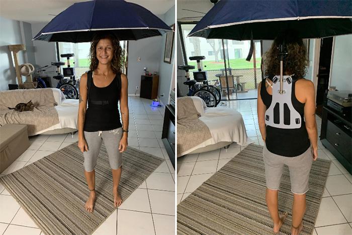 no need to hold umbrella