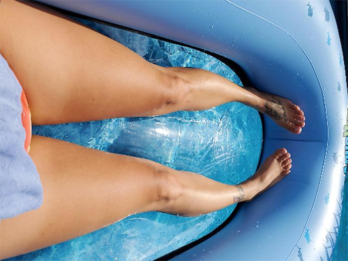 pool float transparent floor