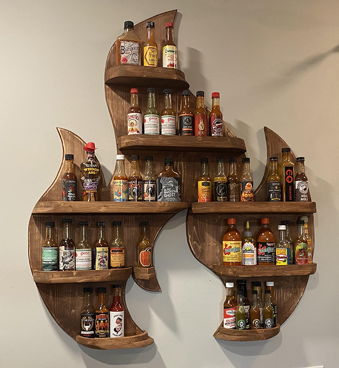 wooden fire rack for hot sauces