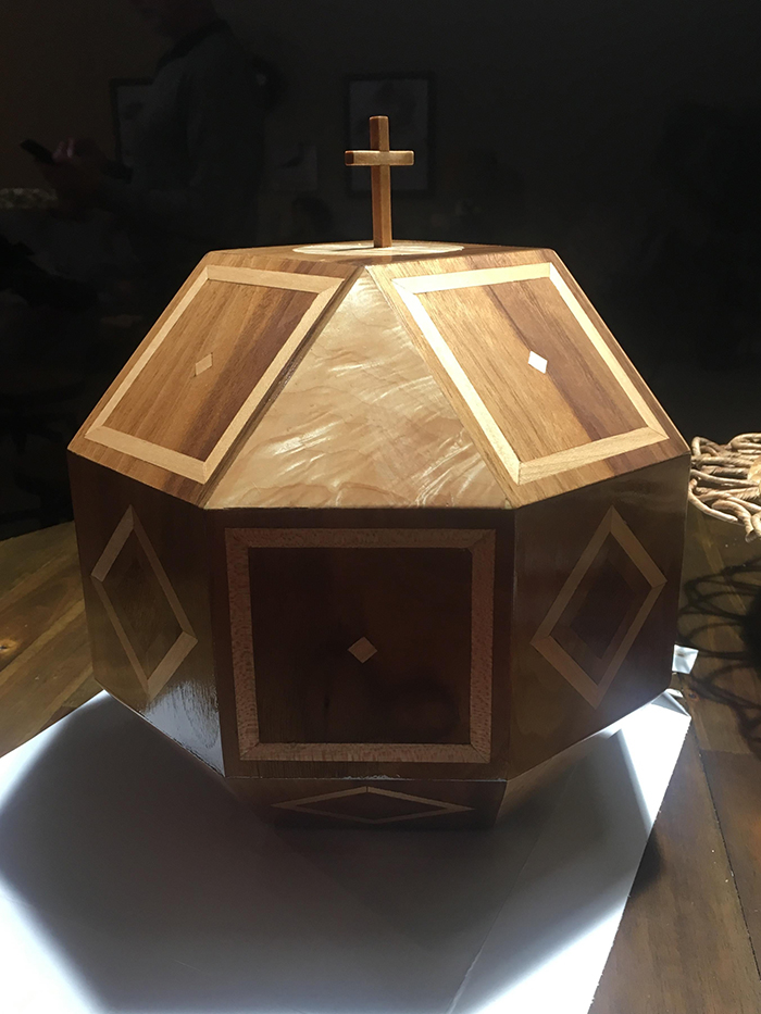 wooden urn for mother