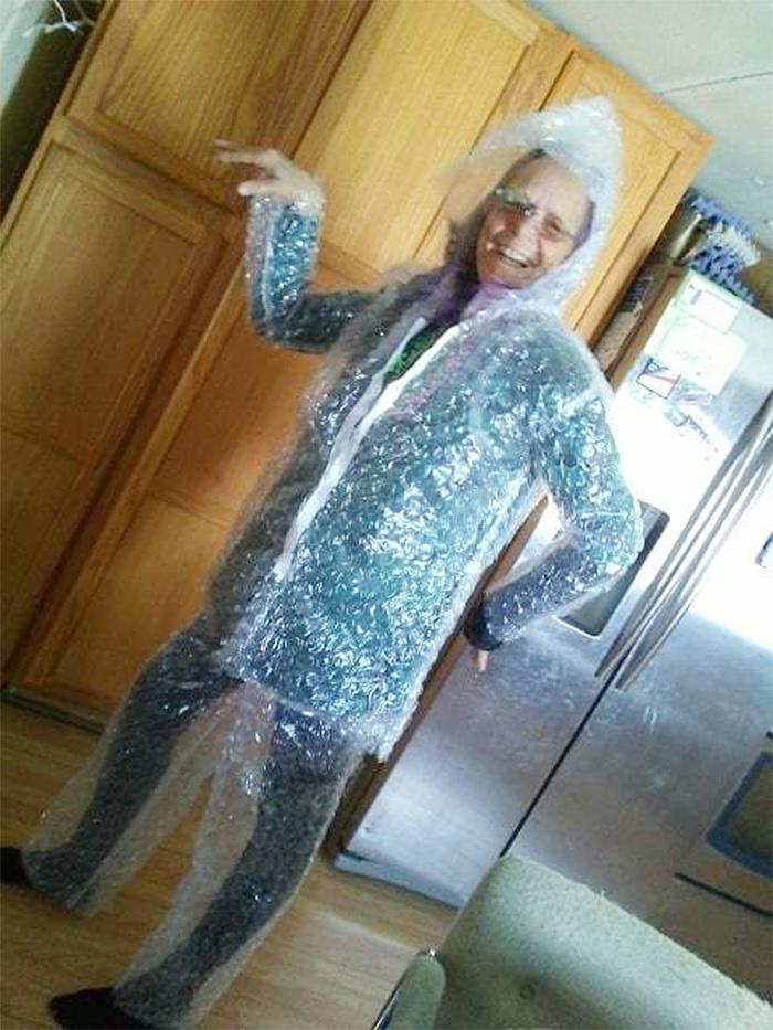 bubble wrap suit funny costume