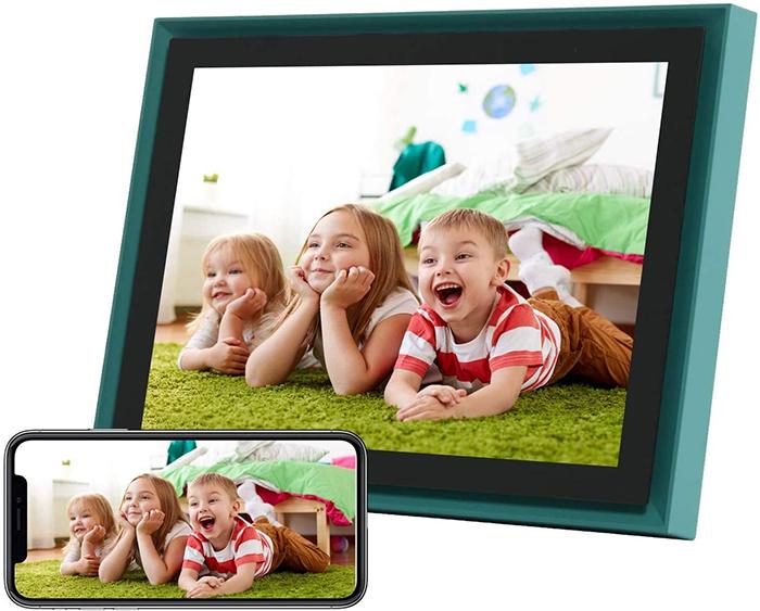 digital picture frame green