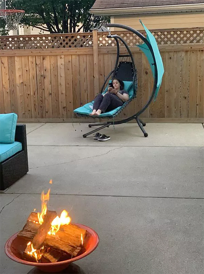 hanging curved chaise lounger movable canopy
