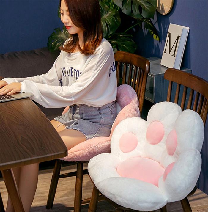 kitty paws cushion chairs white