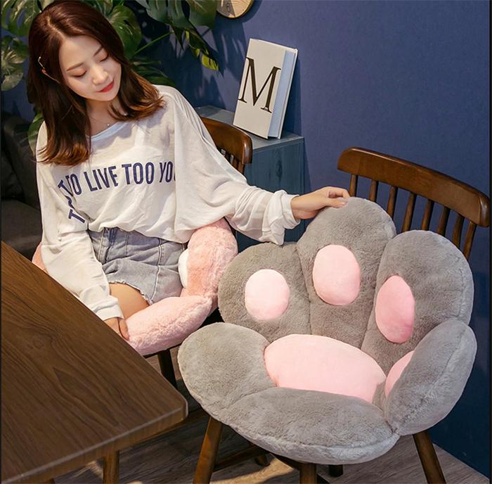 kitty paws cushion chairs