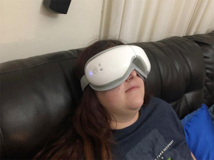massaging device headband