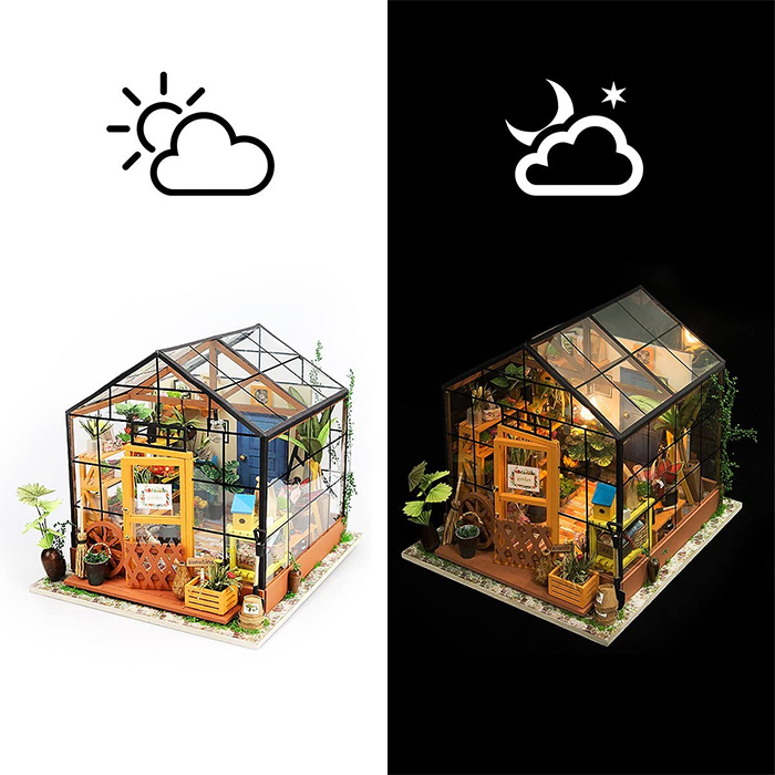 miniature green house with led light