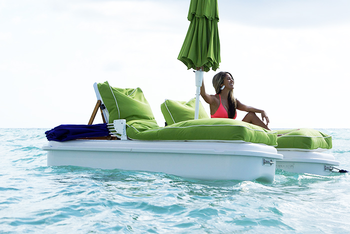 seaduction floating beach recliners with attachable canopy and umbrella