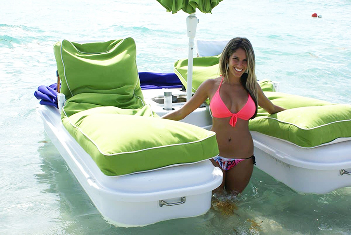 seaduction floating beach recliners