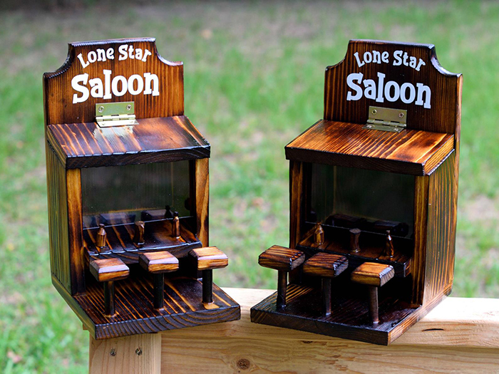 withliftedhandsy saloon for squirrel