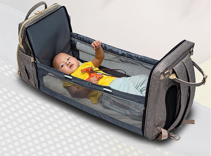 2-in-1 nappy backpack
