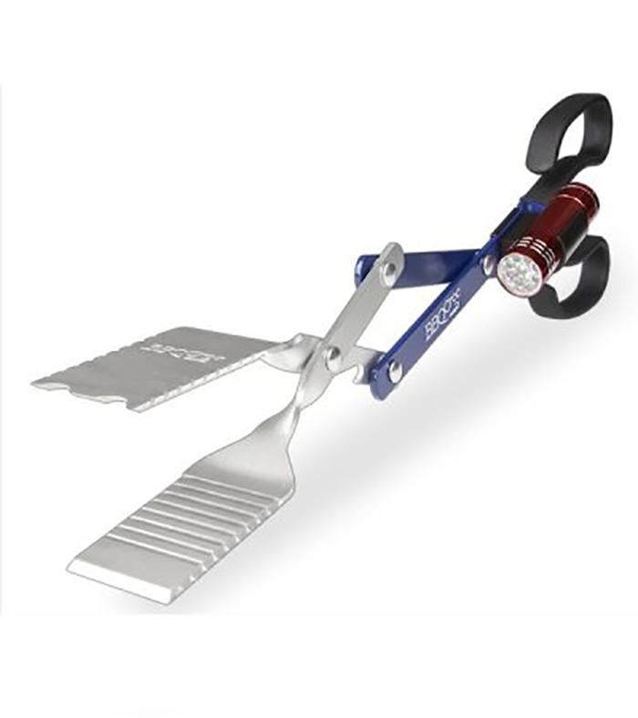 bbq croc 18 inch 4 in 1 bbq tongs spatula with flashlight