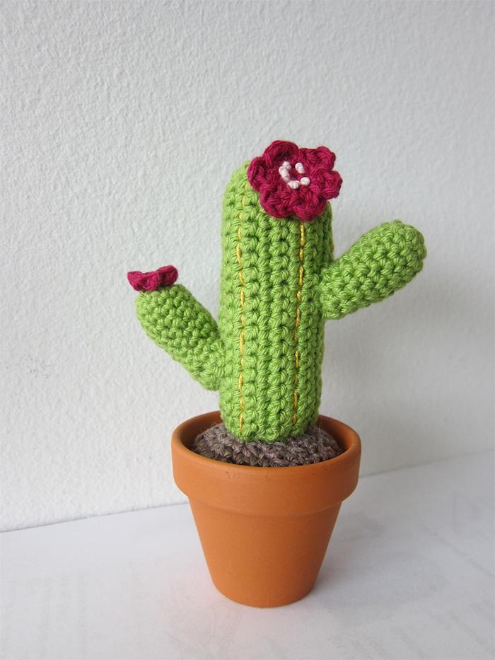 crochet cactus in pot